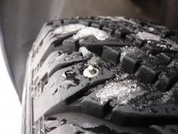 Bridgestone тестирует летние и зимние шины